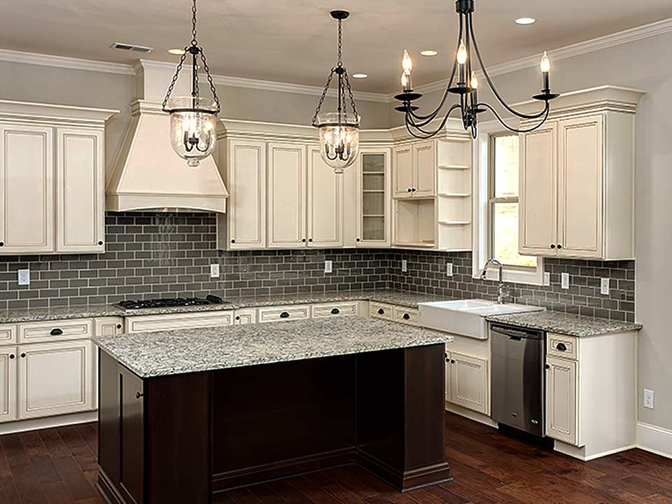 Update kitchen interesting kitchen updates that pay back for Updated kitchen remodels
